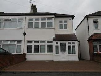 Eaton Drive, Collier Row, Romford Rm5
