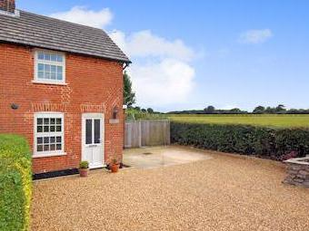 Cromwell Road, Ringsfield, Beccles Nr34