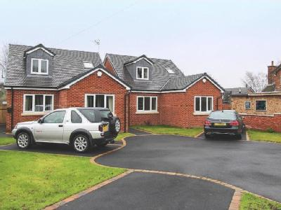 Coupe Lane, Old Tupton, S42 - Garden