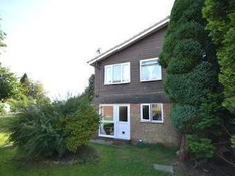 Wolfe Close, Crowborough, East Sussex, . Tn6