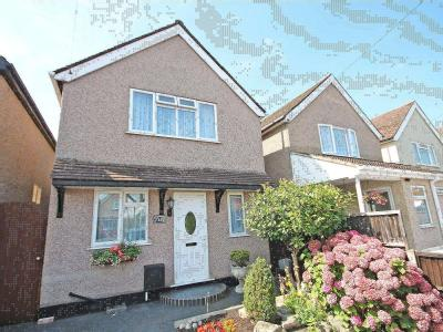 Bourneside Road, Addlestone, Surrey, Kt15