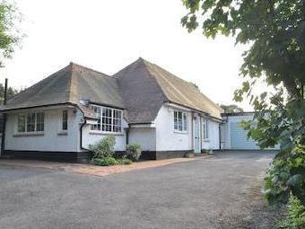 Rectory Lane, Ashtead Kt21 - En Suite