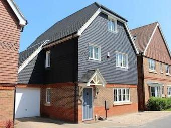 Ash Close, Banstead Sm7 - Detached