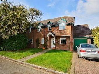 Castle Close, Benson, Wallingford Ox10