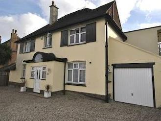 Terminus Road, Bexhill-on-sea, East Sussex Tn39