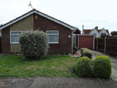 Dennys Close, Selsey, Po20 - Patio