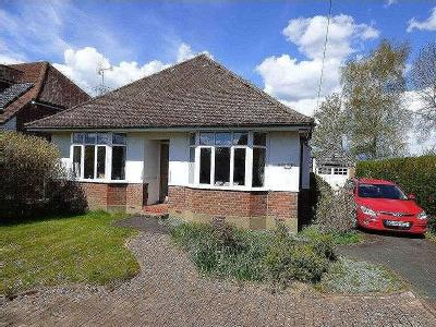 Main Road, Naphill, Hp14 - Bungalow