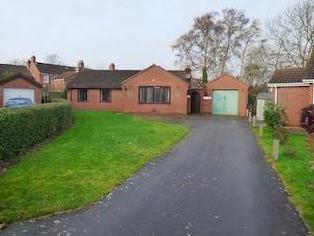 Millers Court, Louth Ln11 - Garden