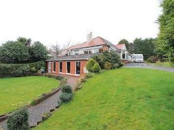 Hall Drive, Middleton, Manchester, Greater Manchester M24