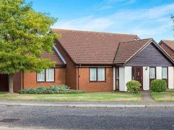 Mayfield Road, Rushmere St. Andrew, Ipswich Ip4