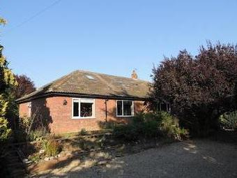 Triple Plea Road, Woodton, Bungay Nr35