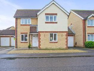 Cedar Avenue, Doddington, March Pe15