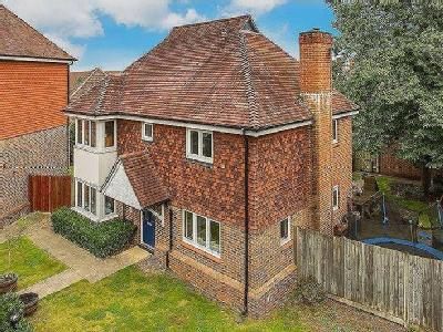Forster Road, Guildford, Gu2 - Garden