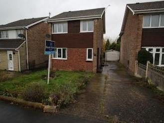 Meadow Hill Road, Hasland, Chesterfield S41