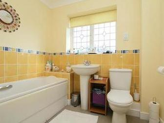 Petrel Close, Herne Bay Ct6 - Listed