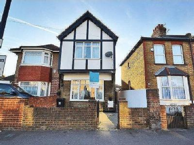 Martindale Road, Hounslow, Tw4