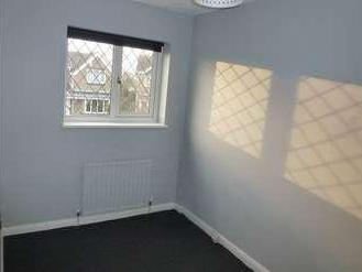 House to rent, Proctors Way - Modern