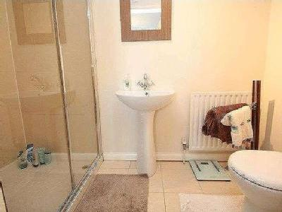 House to let, Lisnisky Mews - Mews