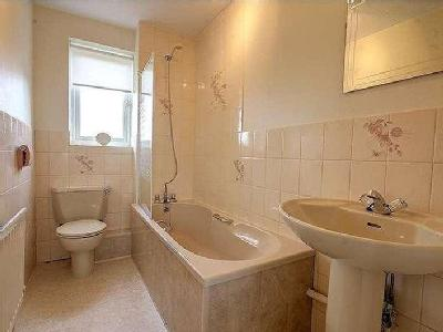 House for sale, Dickens Wynd - Garden