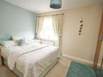 House for sale, Holyoake Road