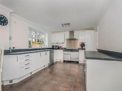 House for sale, Mill Lane - Patio