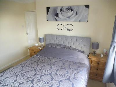 House to rent, Burley Close