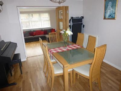 House for sale, Coltsfoot Road