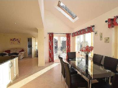 House for sale, Thorpe Road - Patio