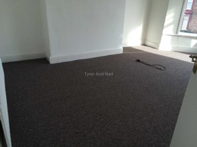 House to let, Barton Road - Reception