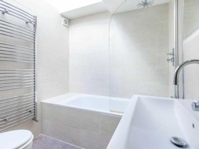 House to let, Canonbury Road - Garden