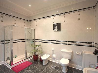 House to let, Station Road - Garden