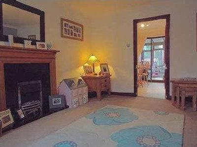 House for sale, Trimming Walk