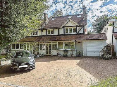 House for sale, Foxley Lane - Modern