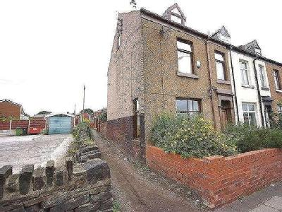 House for sale, Edenfield Road