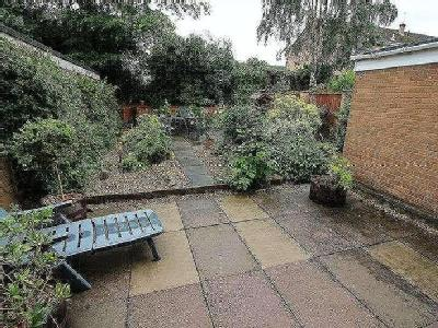 House for sale, Dale Road - Garden