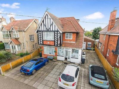 House for sale, Sea View Road
