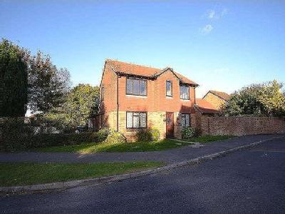 House to let, Kiln Close - Detached