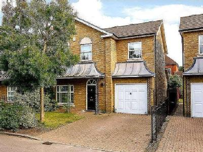 House for sale, Savery Drive - Garden