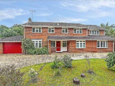 House for sale, Harestock Road