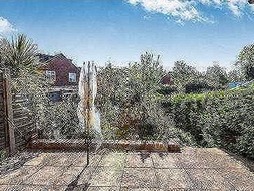 House for sale, Albert Road - Patio