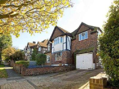 The Droveway, Hove, East Sussex, Bn3