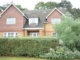 Quarry Gardens, Leatherhead Kt22