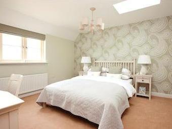 24, 40, 51, 52 The Poulton, Ferrers Park, Station Road, Lechlade, Gloucestershire Gl7
