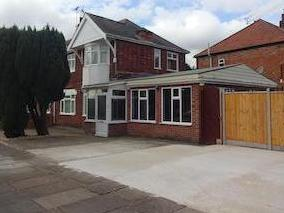 Heyworth Road, Leicester Le3 - Patio