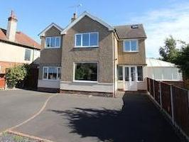 Queens Avenue, Meols, Wirral Ch47