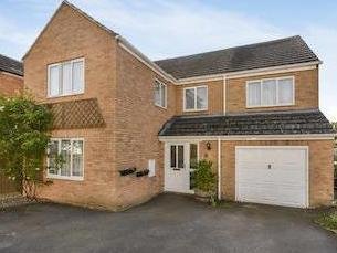 Kirby Close, Middle Barton, Chipping Norton Ox7