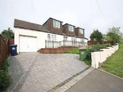 Ormesby Bank, Ormesby, Ts7 - En Suite