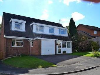Valley Way, Pamber Heath, Tadley Rg26