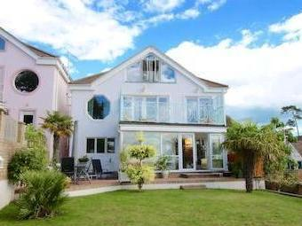 Brownsea View Avenue, Poole Bh14