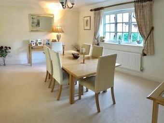 Ivy Court, Wrexham Road, Pulford, Chester Ch4